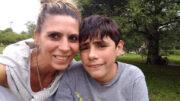 Romina junto a su hijo Lázaro